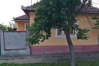 Casa de vanzare, loc. Ghioroc, jud. Arad, 1698 mp