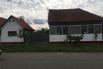 Vand casa in localitatea Bocsig