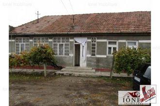 Casa de vanzare in zona Mihalt 700 mp teren