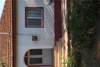 Vand casa si dependinte in Posta Calnau