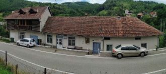 Vand casa la sat de munte