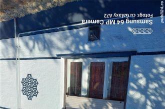 Vand casa deosebita la grani?a cu Ungaria vama Bors